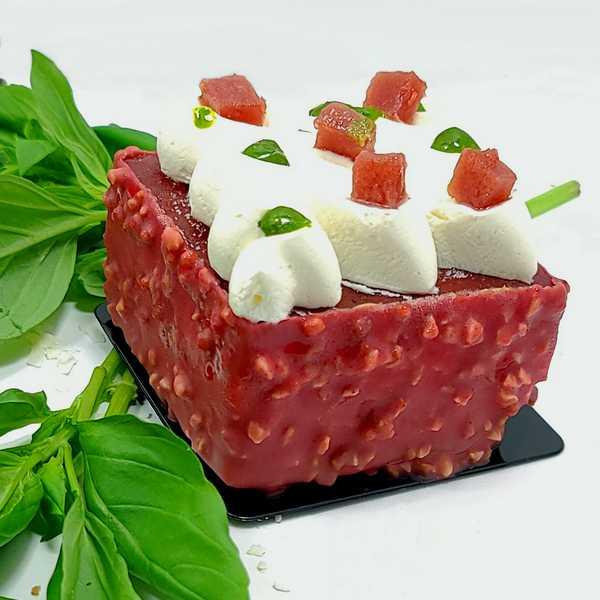 Pâtisserie individuelle insolite et délicieux Fraise et Basilic