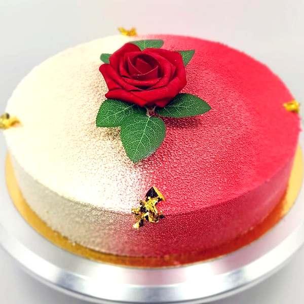 Gâteau entremet à partager 10-12 personnes: Exotic Fraise à commander en ligne