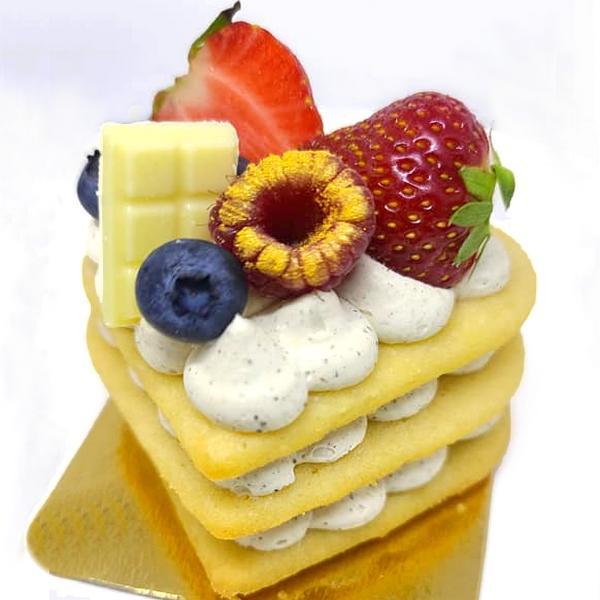 Heart cake aux fruits, pâtisserie individuelle vendue en ligne et livrée chez vous
